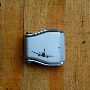 Airplane buckle